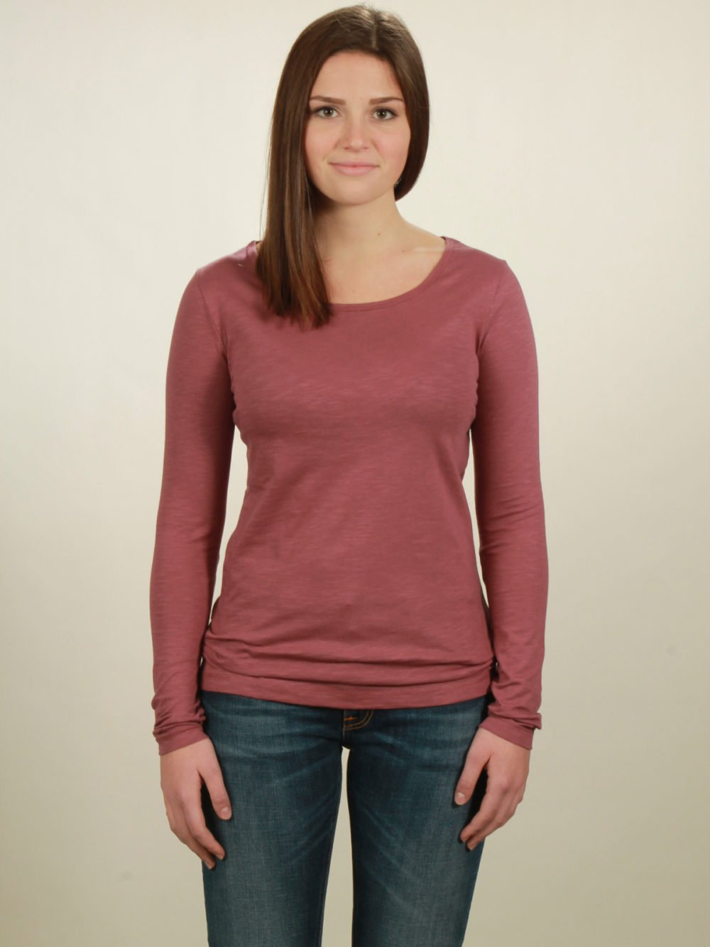 Damen-Longsleeve basic in berry, von NATIVE SOULS
