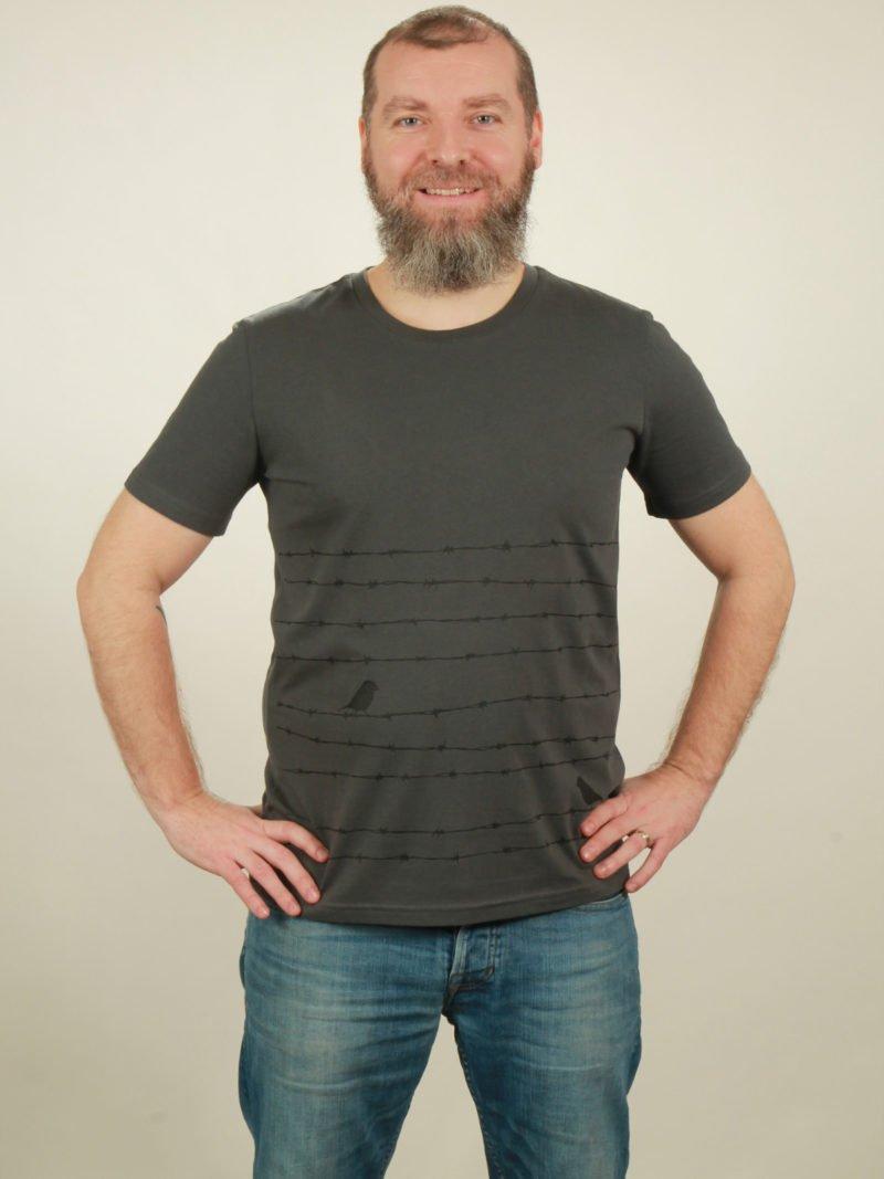 Herren-T-Shirt Barbwire - dark grey - NATIVE SOULS