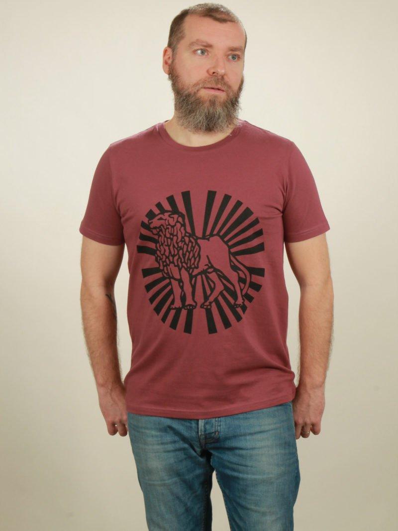 Herren-T-Shirt Lion Sun - berry - NATIVE SOULS