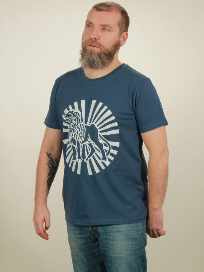 Herren-T-Shirt Lion Sun - dark blue - NATIVE SOULS
