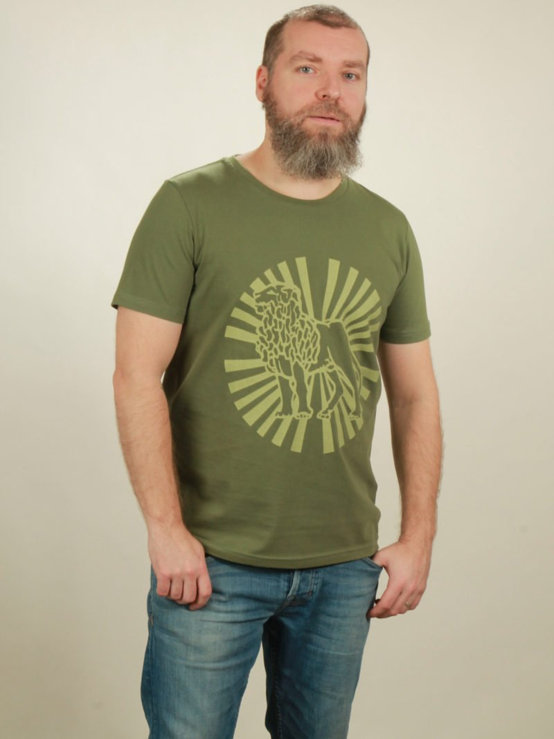 Herren-T-Shirt Lion Sun - green - NATIVE SOULS