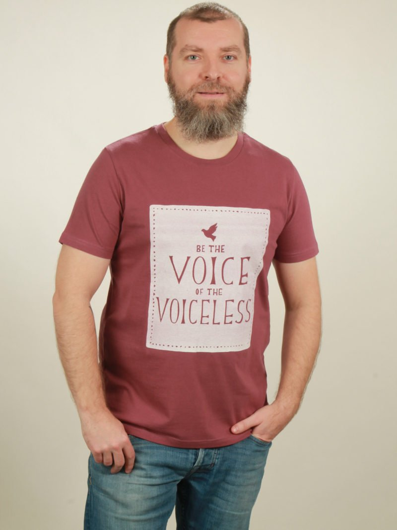 Herren-T-Shirt Voiceless - berry - NATIVE SOULS