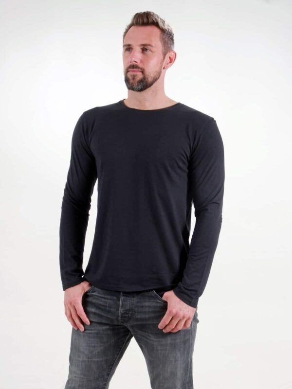 Basic Longsleeve Man black
