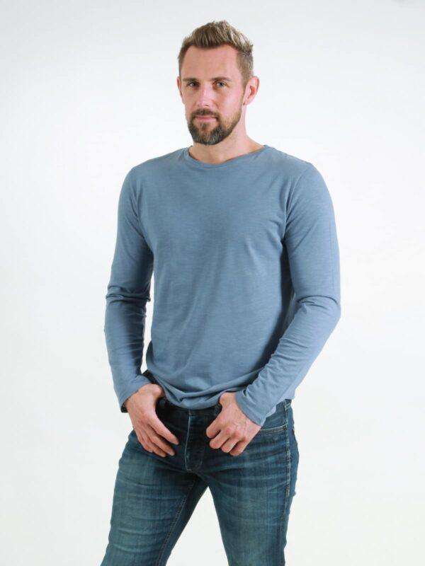 Basic Longsleeve Man smoke blue