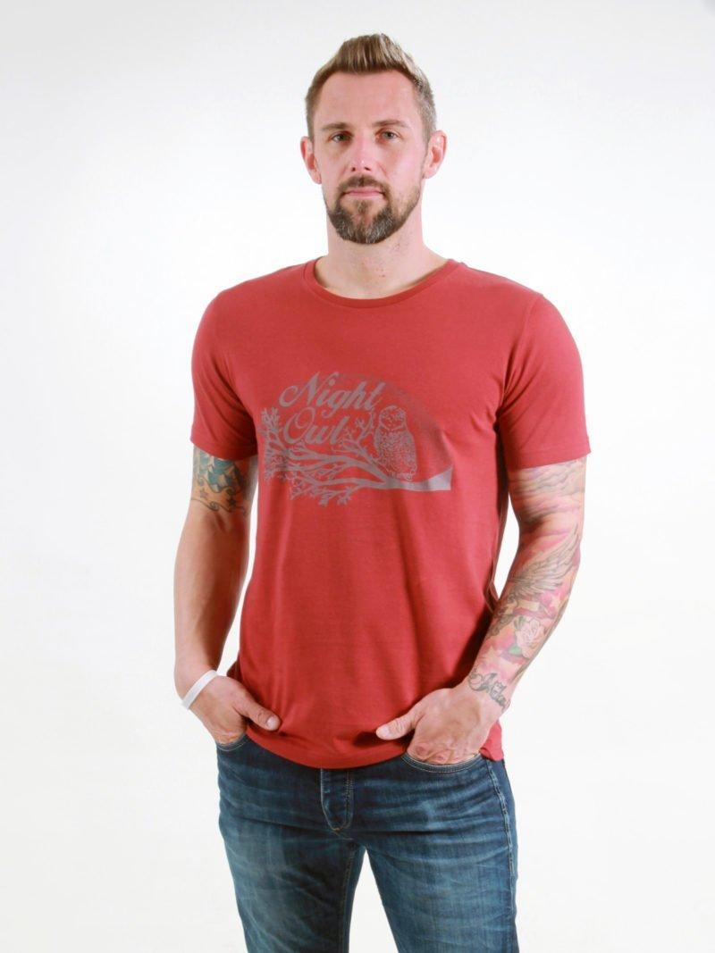 T-Shirt Man Night Owl burning red
