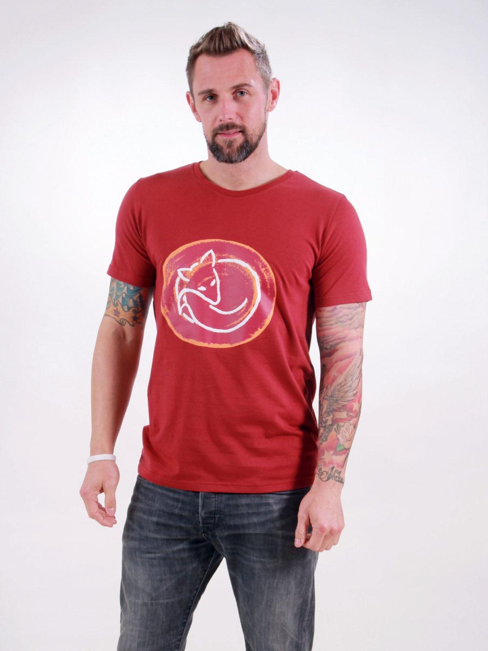 T-Shirt Man Sleeping Fox burning red
